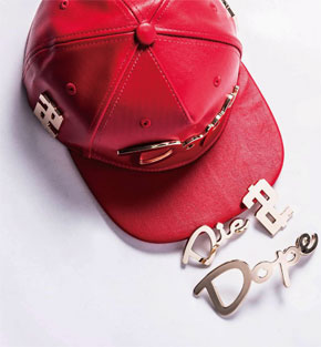 HATer - THE MOST WANTED HATER SNAPBACK.